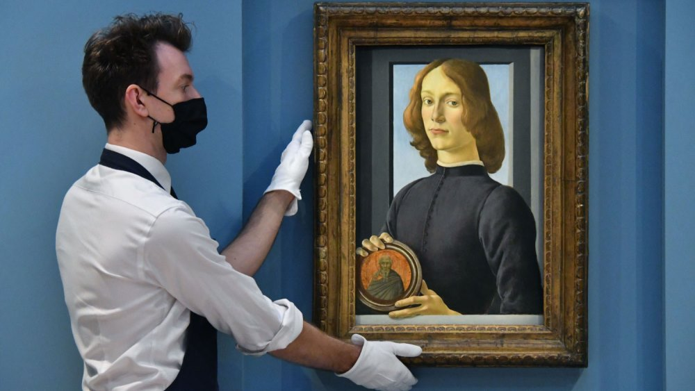 Sotheby's: Sandro Botticelli's Young Man Holding a Roundel