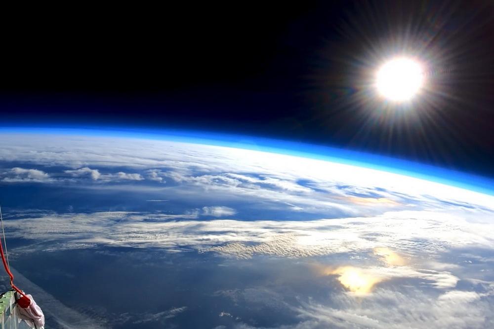 Знімок зроблений Space Perspective з висоти 30 км камерою встановленою на
